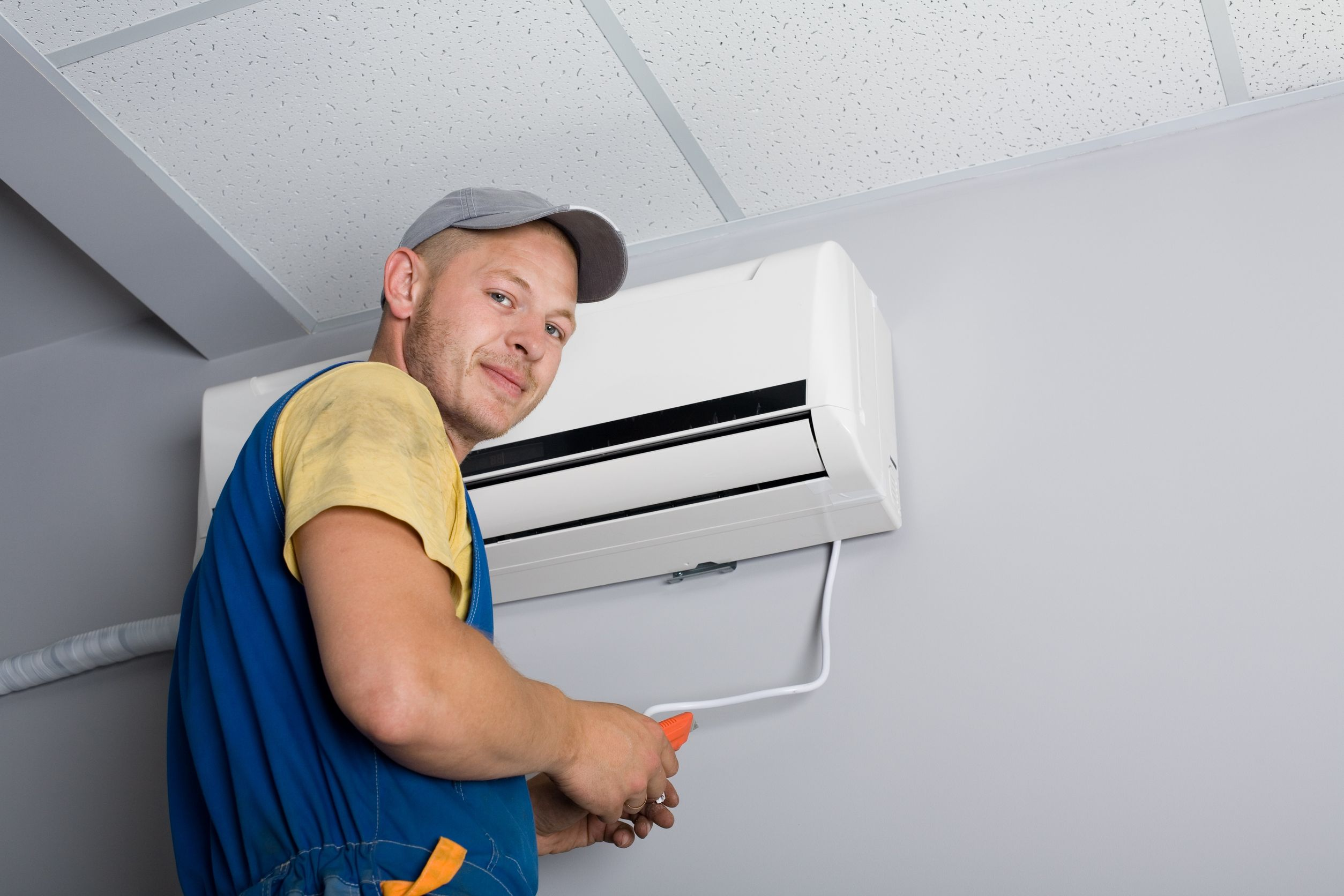 How To Service An Air Conditioner The Need For Choosing A Qualified Air Conditioning Installer